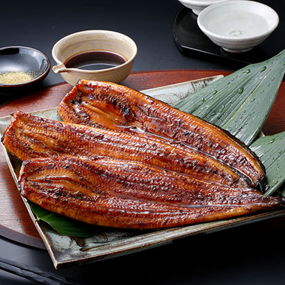 宮崎・「鰻楽」うなぎ蒲焼(九州産)3尾(計480g) 干物・漬魚・うなぎ・魚卵
